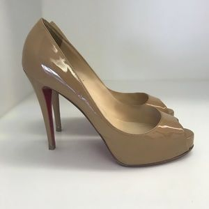Christian Louboutin Very Prive Patent size 40